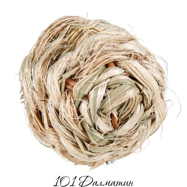 Мяч из сухой травы (внутри колокольчик)